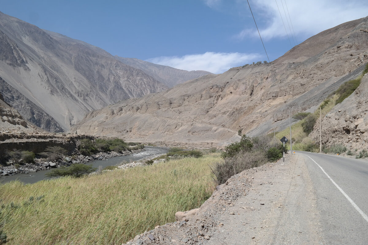 way to Cordillera Blanca