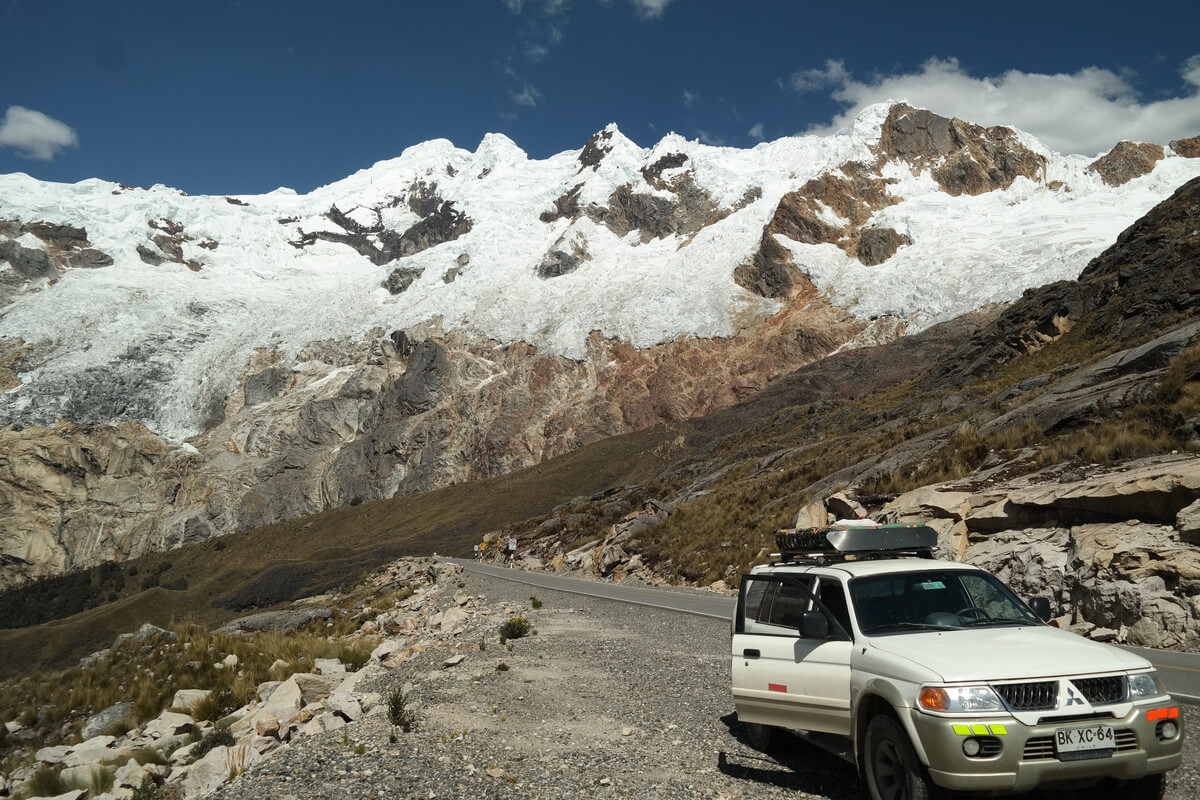 drive through Cordillera Blanca